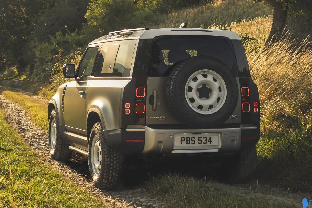 Yeni Land Rover Defender Coupe